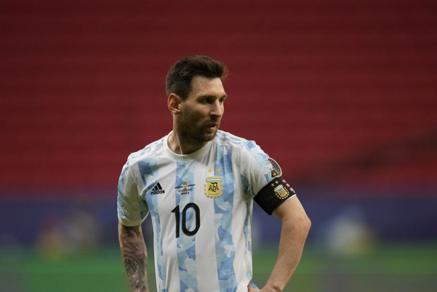 Messi tro thanh cau thu thi dau nhieu nhat cho DT Argentina